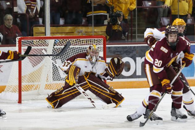 Goaltender Eric Schierhorn with the University of Minnesota