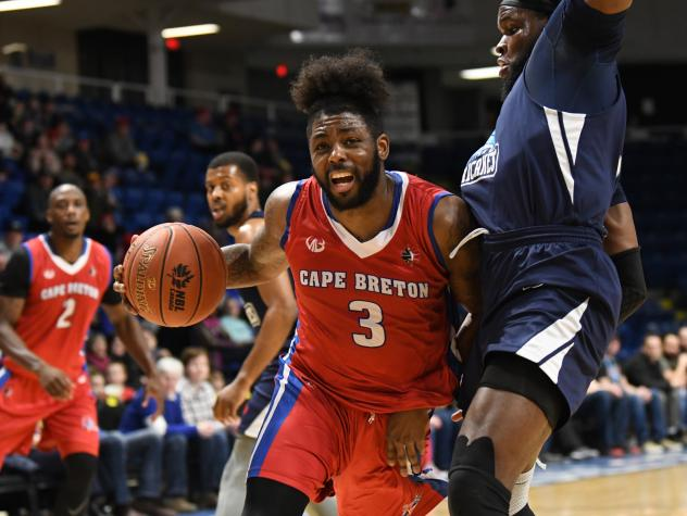 Halifax Hurricanes make it difficult for the Cape Breton Highlanders