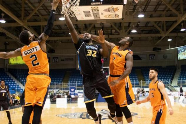 Saint John Riptide center Randy Phillips vs. the Island Storm