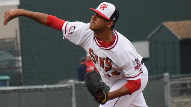 Pedro Avila pitching for the Hagerstown Suns in 2016