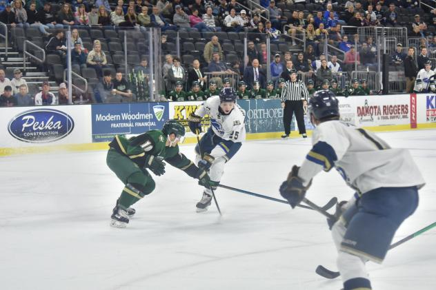 Sioux Falls Stampede vs. the Sioux City Musketeers