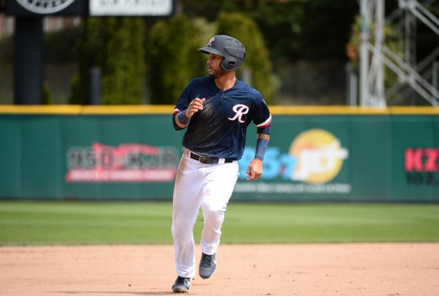 Tim Lopes of the Tacoma Rainiers on the basepaths