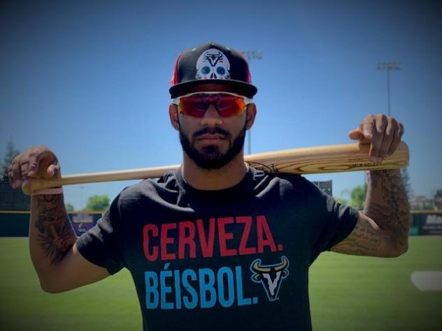 Cerveza Beisbol with the Visalia Rawhide
