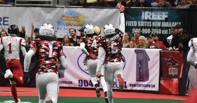 Jacksonville Sharks wide receiver Jarmon Fortson scores against the Orlando Predators