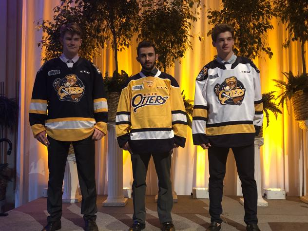 Erie Otters uniforms
