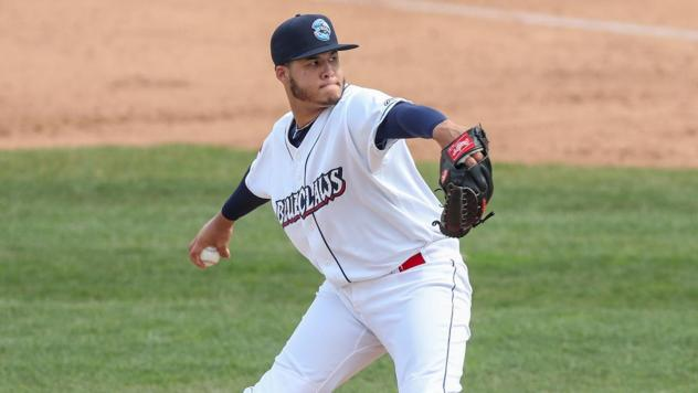 Lakewood BlueClaws pitcher Victor Santos