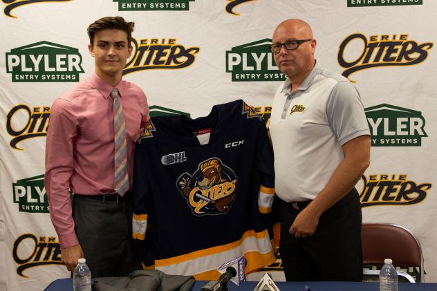 Austen Swankler commits to the Erie Otters