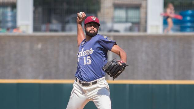Pedro Payano pitching with the Frisco RoughRiders