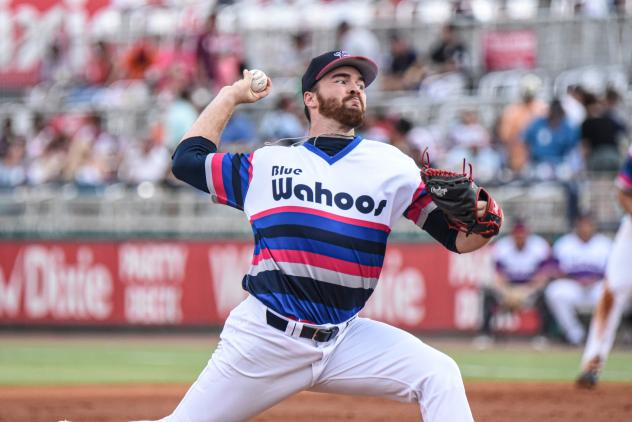 Pensacola Blue Wahoos pitcher Alex Phillips