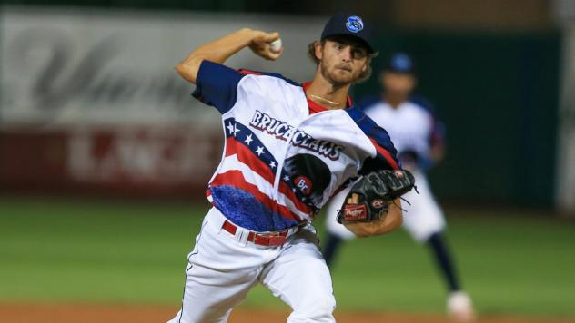 Lakewood BlueClaws pitcher Andrew Schultz