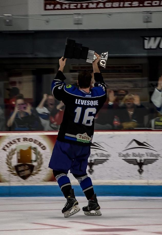 Forward Nicola Levesque with the Watertown Wolves