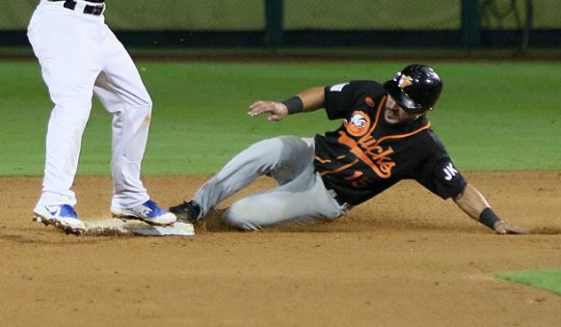 Rey Fuentes of the Long Island Ducks slides into second