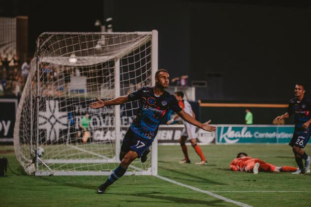 Jerome Kiesewetter of El Paso Locomotive FC celebrates after leveling the game