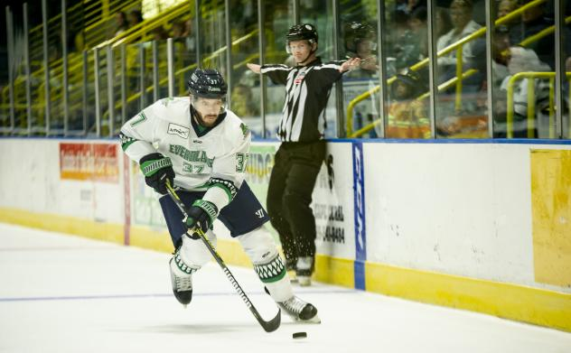 Florida Everblades forward Michael Huntebrinker
