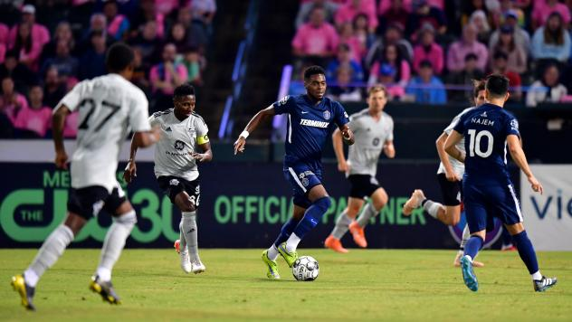 Marcus Epps with possession for Memphis 901 FC vs. Louisville City FC