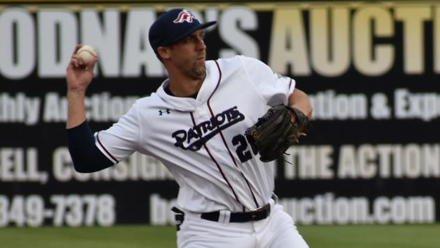 Somerset Patriots second baseman Craig Massey