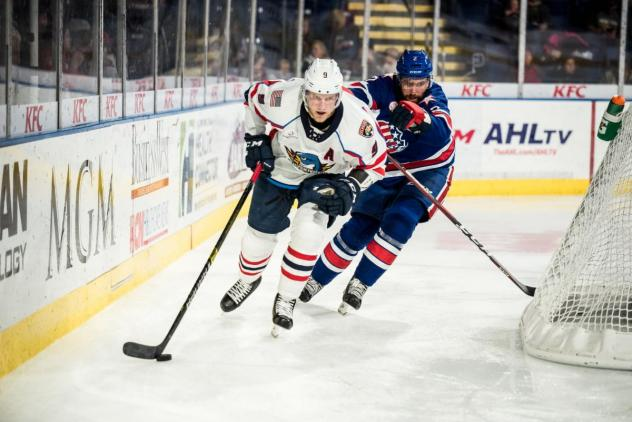 Springfield Thunderbirds forward Dominic Toninato