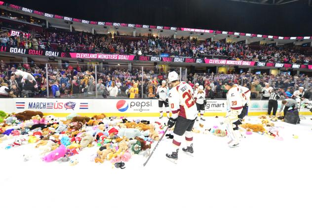 Cleveland Monsters Teddy Bear Toss