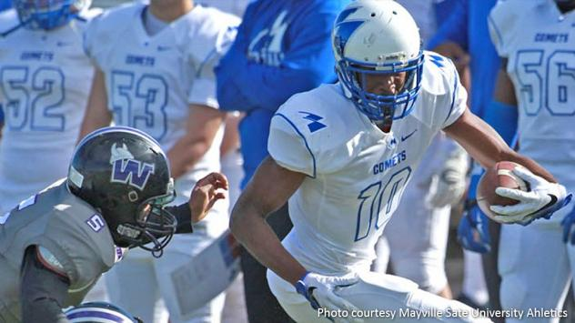 Wide receiver Khari Kimbrough with Mayville State University