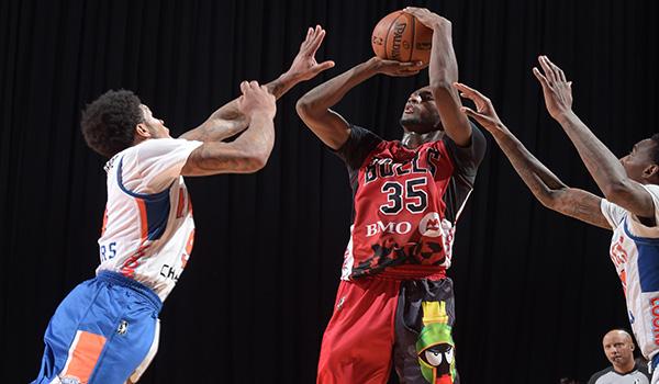 Windy City Bulls guard Milton Doyle in Looney Tunes jersey