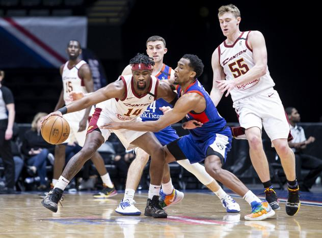Canton Charge guard Malik Newman against the Long Island Nets