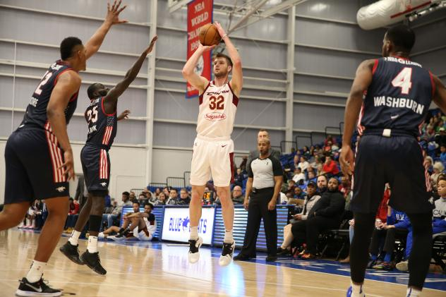 Canton Charge forward/center Dean Wade shoots against the Delaware Blue Coats