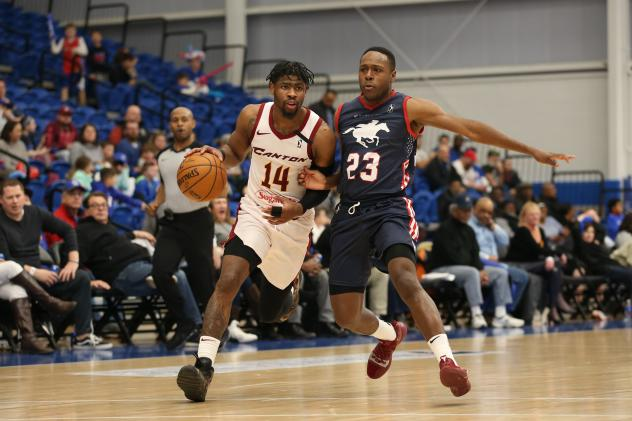 Canton Charge guard Malik Newman drives against the Delaware Blue Coats