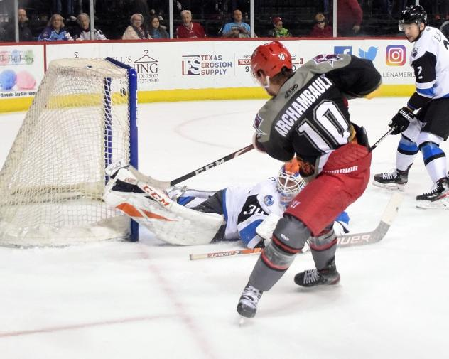 Olivier Archambault of the Allen Americans scores against the Wichita Thunder