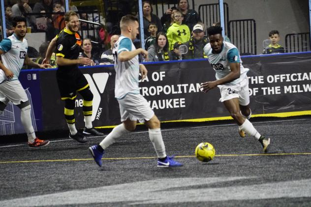 St. Louis Ambush with the ball against the Milwaukee Wave