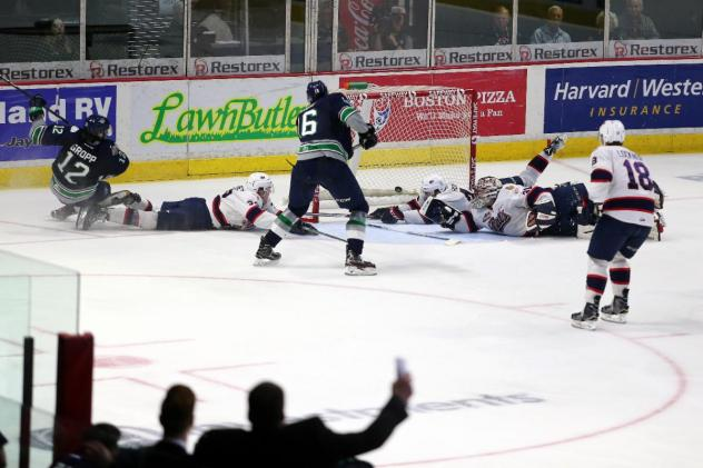 Seattle Thunderbirds in Game 5 of the 2017 WHL Championship