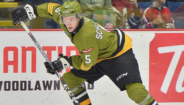 Pacey Schlueting with the North Bay Battalion