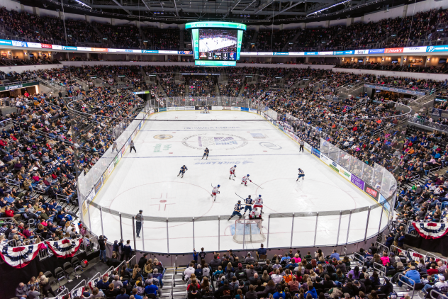 The crowd at a Sioux Falls Stampede game