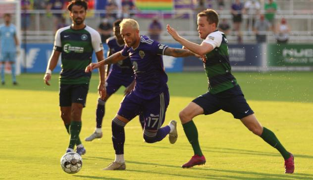 Louisville City FC battles Saint Louis FC