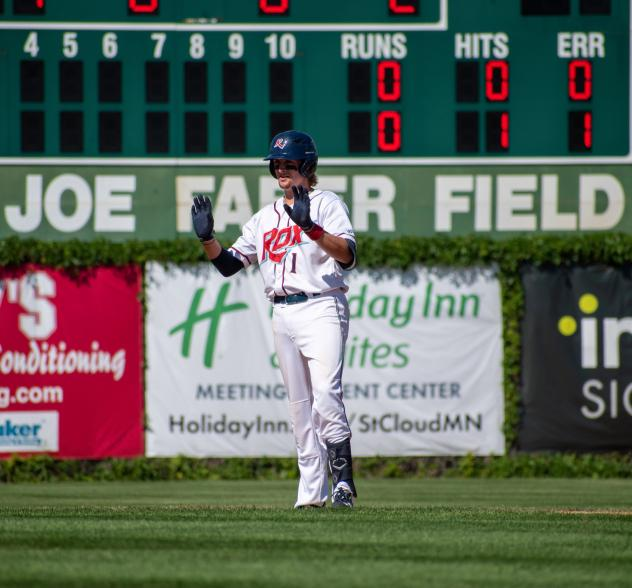 Jordan Barth of the St. Cloud Rox on base
