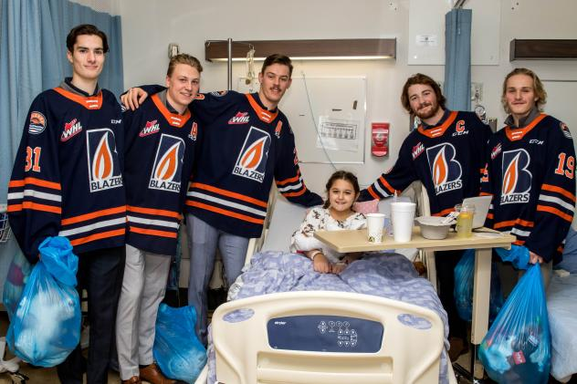 Kamloops Blazers deliver teddy bears