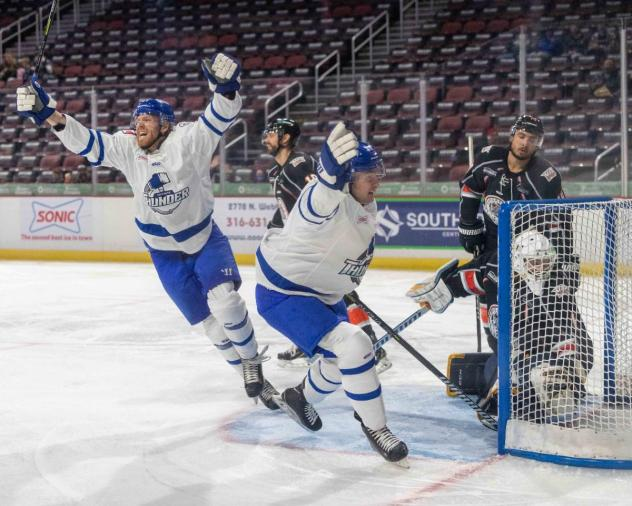 Wichita Thunder celebrate a goal against the Kansas City Mavericks