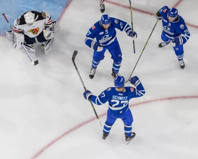 Wichita Thunder celebrate a goal against the Indy Fuel