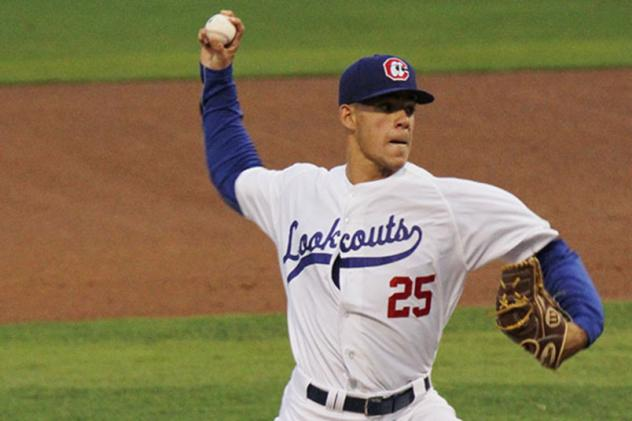 José Berríos pitching for the Chattanooga Lookouts