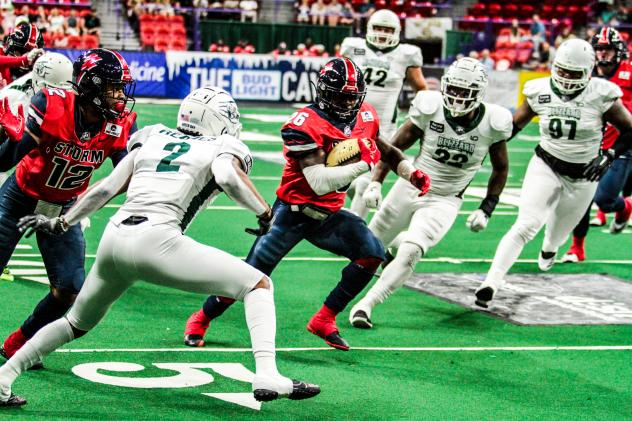 Sioux Falls Storm running Back Nate Chavious carries the ball against he Green Bay Blizzard