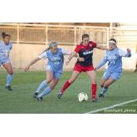 Amanda DaCosta of the Washington Spirit Controls the Ball vs. UNC