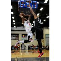 Xavier Munford of the Bakersfield Jam vs. the Austin Spurs