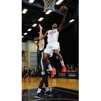 Renaldo Major of the Bakersfield Jam vs. the Austin Spurs