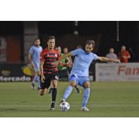 Juliano Vicentini of Minnesota United vs. the Atlanta Silverbacks