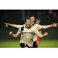 Waza Flo Signee Joey Tinnion with Oakland University