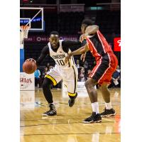 London Lightning Guard Warren Ward	Drives vs. the Windsor Express
