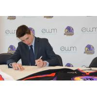 Forward Curtis Hall Signs with the Youngstown Phantoms