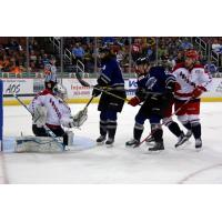 Wichita Thunder Skate in on the Allen Americans