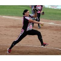 Akron Racers Pitcher Lisa Norris