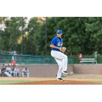 Regas Pitches Canaries to Sixth Straight Win