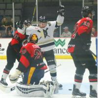 Nailers Jingle All the Way to Victory